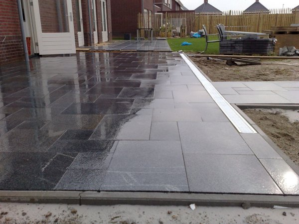 Vloer houten terrasvloer leggen : Graniet terras leggen: specialistenwerk. Vraag ons advies.