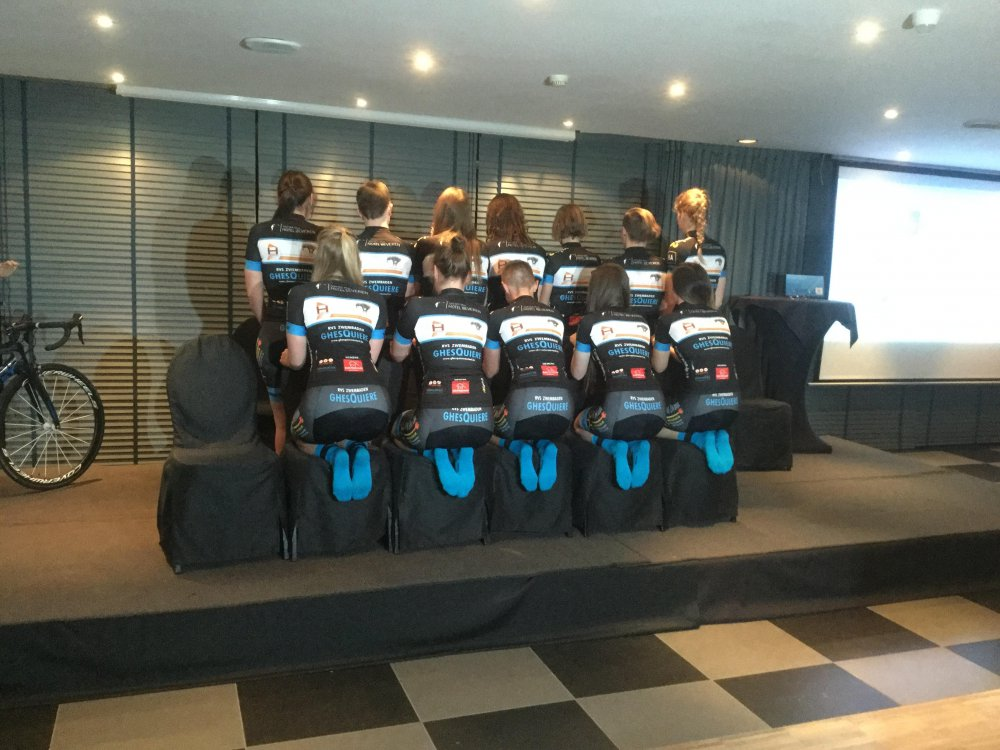 Equano Cycling Team: Sponsored by Equano & Dirk Heirwegh, ploegvoorstelling